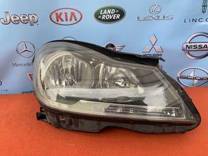 Mercedes Benz headlight for Sale in Huntington Park, CA