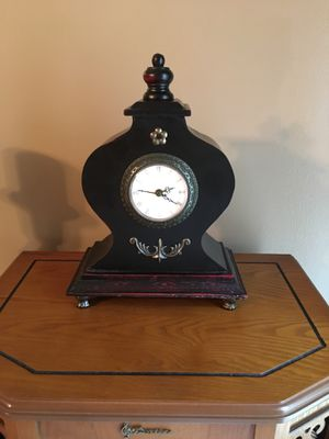 Antique Mantle Clock for Sale in Boiling Springs, SC