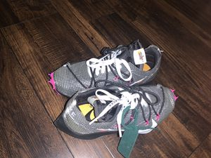 Offwhite women's size 6 for Sale in Englewood, NJ