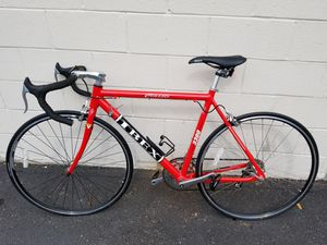 IBEX BICYCLES CLASSI 3300 ROAD BIKE for Sale in Atlanta, GA
