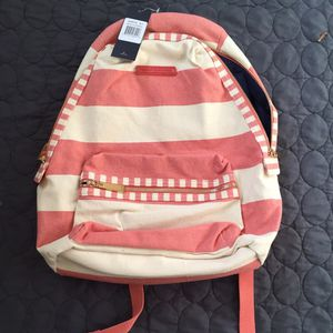 Tommy Hilfiger backpack for Sale in Brooklyn, NY