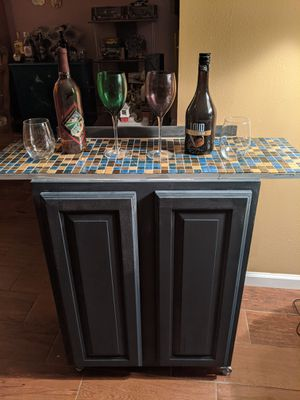 Bar cart on wheels with tile top for Sale in Tampa, FL