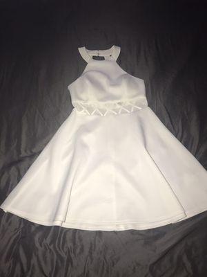 White dress size 7 for Sale in Chula Vista, CA