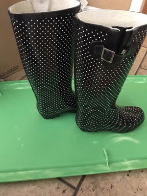 Rain boots 7.5 for Sale in Monterey Park, CA