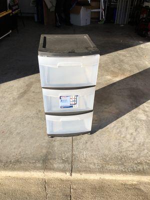 Sterlite 3 drawer plastic cart for Sale in Gibsonton, FL