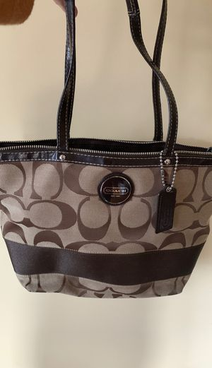 Authentic Coach classic brown purse for Sale in South San Francisco, CA