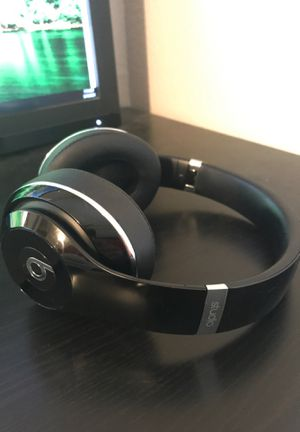 Beats Studio Wireless Noise Cancelling Headphones for Sale in Lakewood, CO