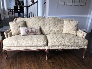 Couch for Sale in Leesburg, VA