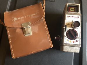 1954 Bell & Howell Movie Camera w/ Carrying Case for Sale in Pittsburgh, PA