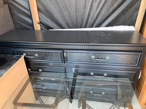 Dresser Set for Sale in Bakersfield, CA