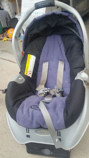 Graco car seat blue and black for Sale in Littleton, CO
