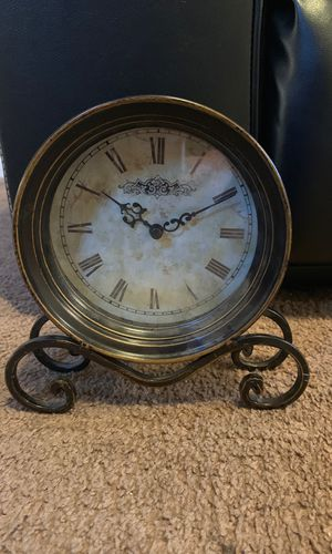 Antique clock for Sale in Fresno, CA