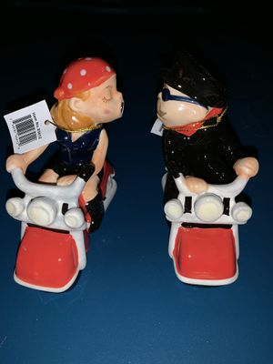 Mr. & Mrs. Bike riders ...salt and pepper shakers. Very cute. for Sale in Sugar Hill, GA