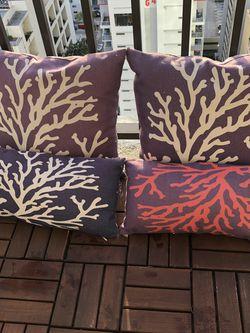 Decorative Pillows for Sale in Miami,  FL