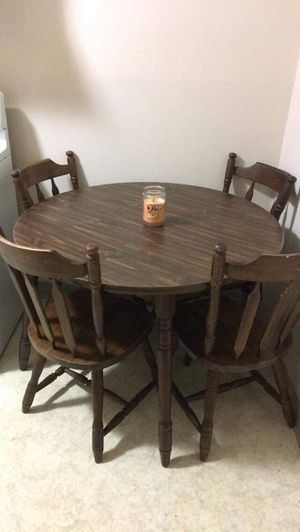 Kitchen table for Sale in South Zanesville, OH