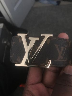 Louis Vuitton belt for Sale in Ypsilanti, MI