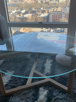 Round Coffee Table for Sale in Boston,  MA