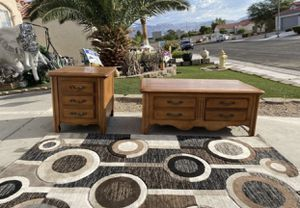 Bassett coffee table whit two drawers and side table w/two drawers ( FREE DELIVERY 🚚) for Sale in North Las Vegas, NV