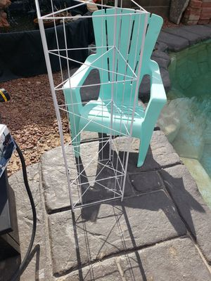 Chair and Plant Stand for Sale in Las Vegas, NV