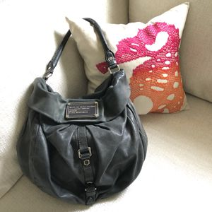 Marc Jacobs shoulder hobo bag for Sale in Peachtree Corners, GA