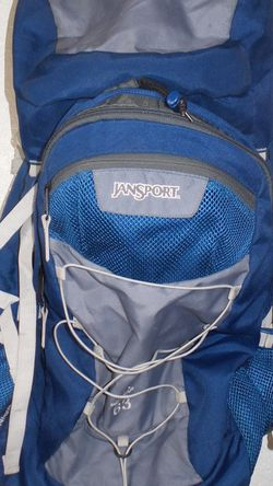 Jansport Hiking/ Camping Backpack for Sale in Fresno,  CA