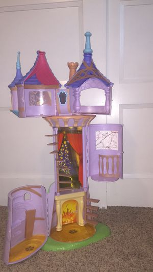 Tangled tower for Sale in Keizer, OR