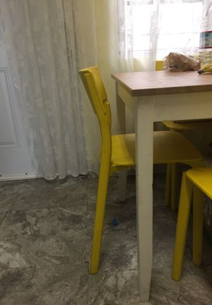 """IKEA small dining table 30""""/30""""/30"""" for Sale in San Diego, CA"""