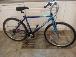 Beautiful. Blue aluminum frame trek for Sale in Nashville, TN