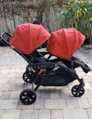Double Stroller for Sale in Miami Gardens, FL