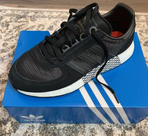 Adidas continental men's 6 / woman's 7 for Sale in Corona, CA