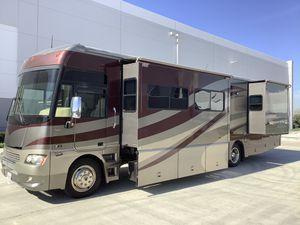 2006 winnebago adventure triple slide RV for Sale in Corona, CA