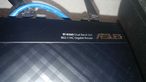 Rt-ac66u wireless/wired router for Sale in Orlando, FL