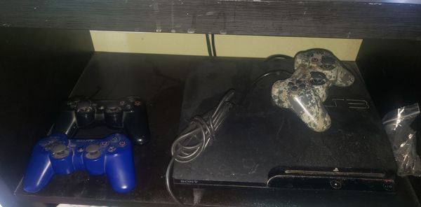 Ps3 bundle 3 controllers 16 games all cables