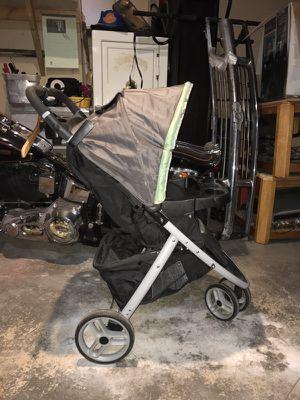 Graco car seat/stroller combo for Sale in Elk River, MN
