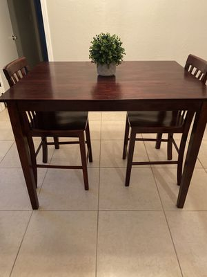 High Top Kitchen Table for Sale in Boynton Beach, FL