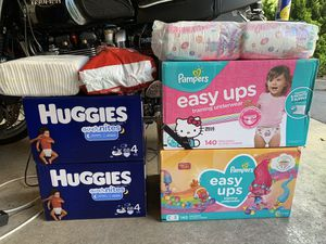 Pampers training pants diapers for Sale in Bellevue, WA