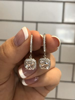 Brand New Sterling Silver 925 Stunning Earrings for Sale in Los Angeles, CA