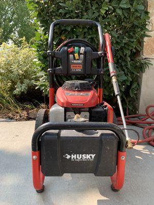 Pressure washer 3000psi 2.5gpm Honda husky for Sale in Salt Lake City, UT