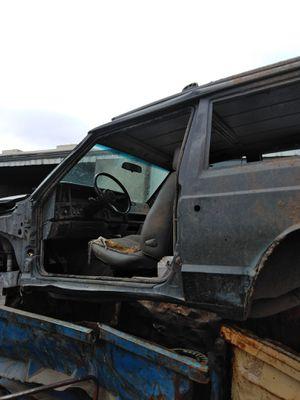 Jeep Cherokee XJ frame 5speed for Sale in Phoenix, AZ