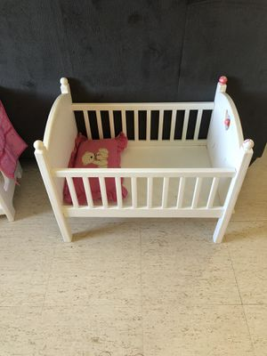 Doll crib and changing table for Sale in Round Rock, TX