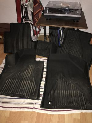 Jeep Cherokee all weather floor mats for Sale in Pittsburgh, PA