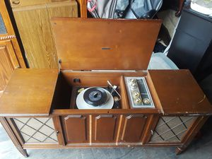 Zenith floor model stereo for Sale in PA, US