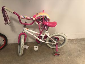Girls bike - size 3 with training wheels for Sale in Portland, OR