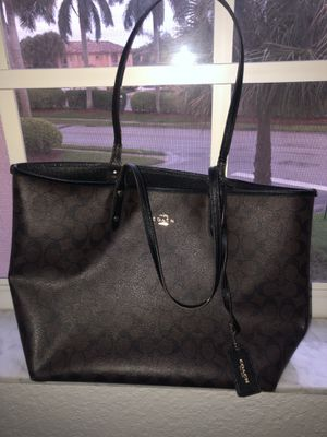 Coach bag for Sale in Southwest Ranches, FL