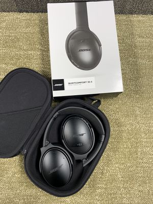 Bose QuietComfort 32 II with box & Accessories. for Sale in New York, NY