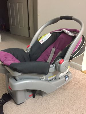 Graco infant seat- Free for Sale in Vienna, VA
