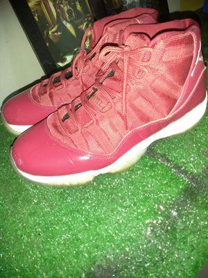 Red Jordans size 9 for Sale in Orlando, FL
