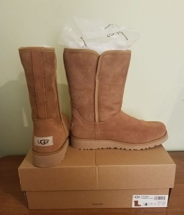 UGG girls US 4