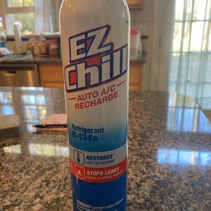 Brand New Can Of EZ Chill R-134a for Sale in Charlotte, NC