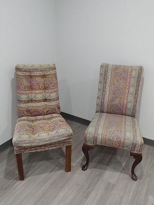 Free 2 Chairs mix and match for Sale in West Palm Beach, FL